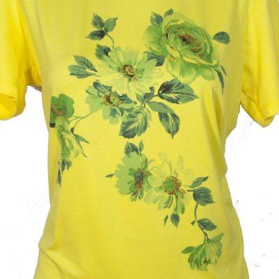 Дамска блуза с цветя