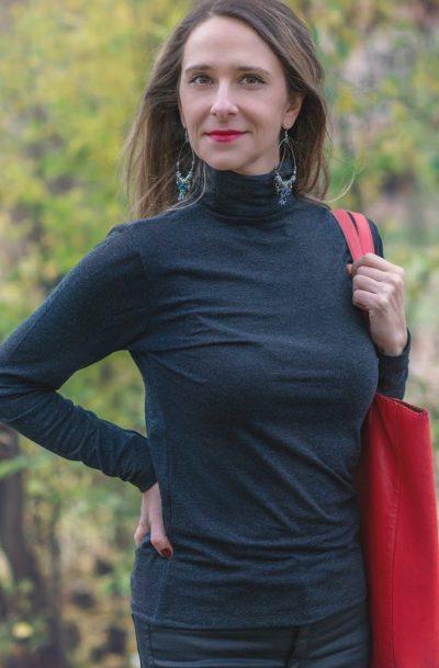 Дамско поло с ангора тъмно син цвят