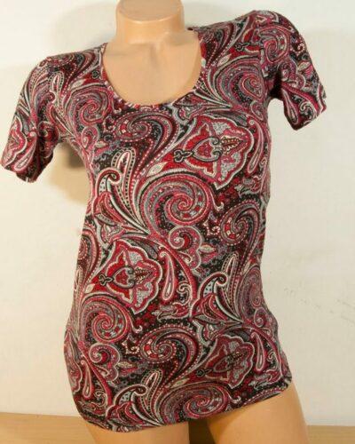 Блуза с кашмирен десен в бордо с къс ръкав