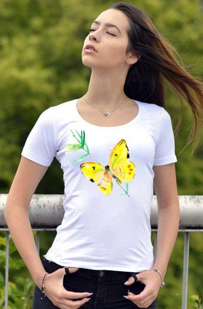 Дамска тениска с рисувана пеперуда