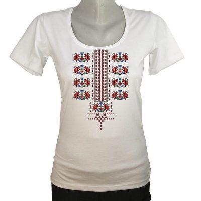 Блуза с българска шевица с еластан
