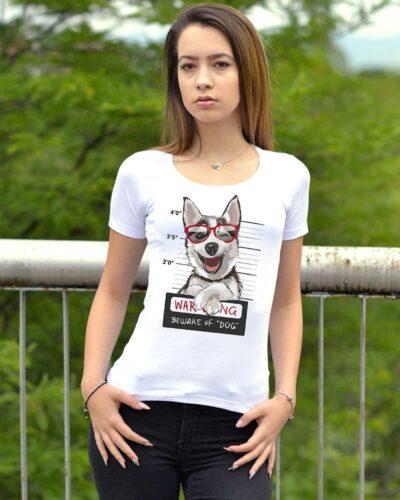 Тениска с щампа куче с очила